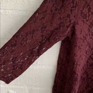 American Eagle Outfitters Tops - AEO American Eagle Lace Cropped Blouse sz M